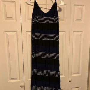 Old Navy Maxi Dress Black/navy Blue 2x